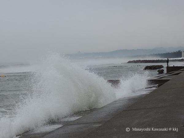 ケアラシ 氷見海岸